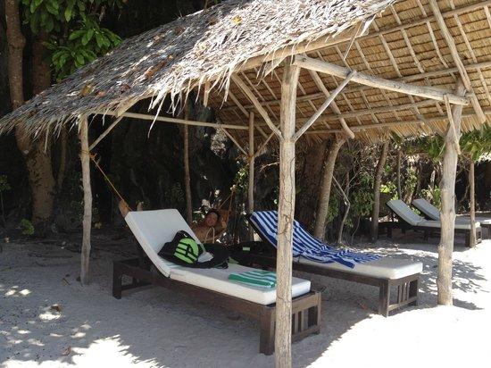 Entalula Beach Club