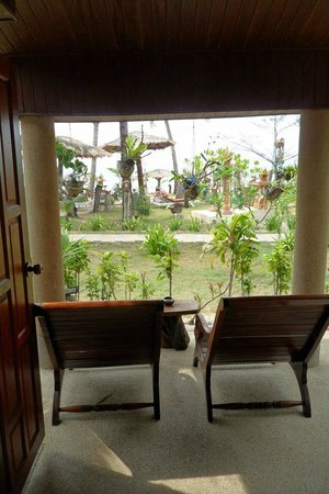 Andaman Bangtao Bay Resort: View from beachfront bungalow