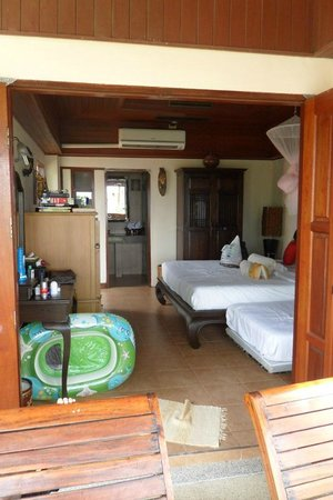 Andaman Bangtao Bay Resort: Beachfront bungalow