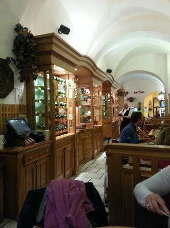 Staromestska Restaurant : the restaurant