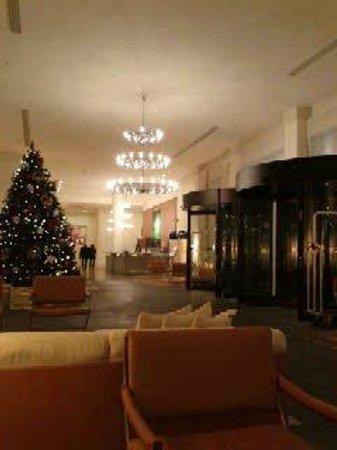 Hilton Garden Inn Florence Novoli: Entrata hotel.