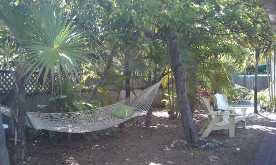 Merlin Guest House Key West: Another area to relax