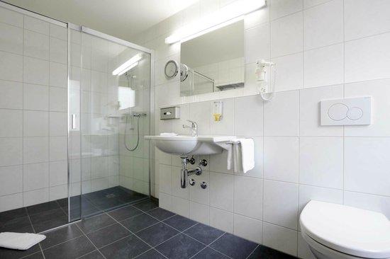 Badezimmer Mit Badewanne - Picture Of Best Western Plus Hotel ... Badezimmer Mit