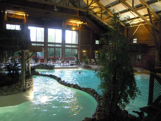 Village indien photo de disney 39 s davy crockett ranch for Piscine hotel davy crockett