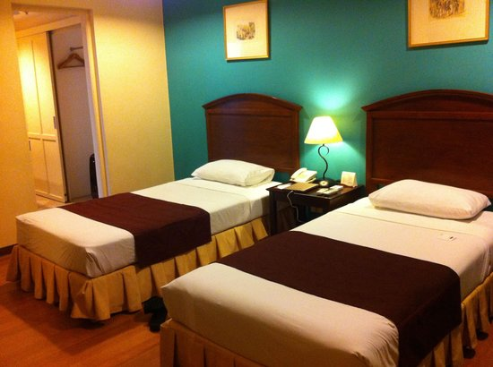 Room picture of hotel stotsenberg clark freeport zone for Picture room