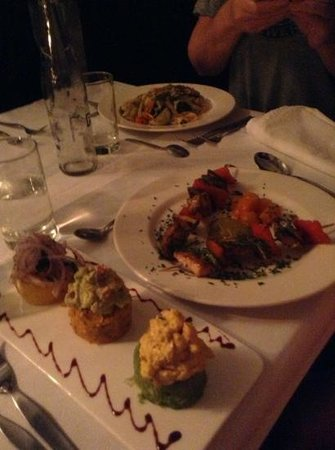 El Albergue Ollantaytambo: Dinner served with love....
