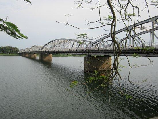 Hotel Saigon Morin : Hue's famous Trang Tein bridge