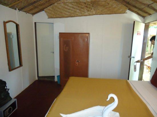 Estrela Do Mar Beach Resort: Inside beach cottage