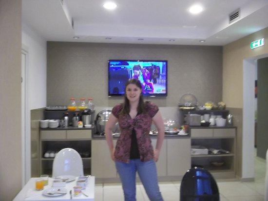 Hotel Aniene: The breakfast room