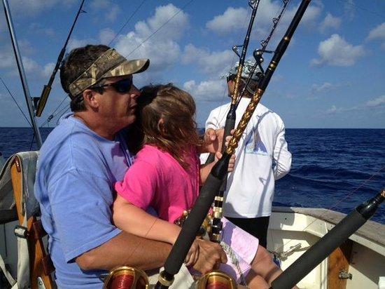 Teamwork picture of slackem fishing charters george for Fishing grand cayman