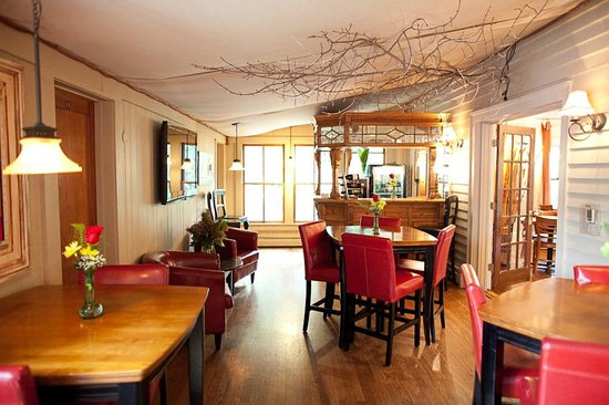 Main Street Inn Highlands: Bar