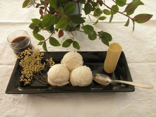 Cortaccia - Biocucina: sorbetto di fiori selvatici di sambuco e vincotto