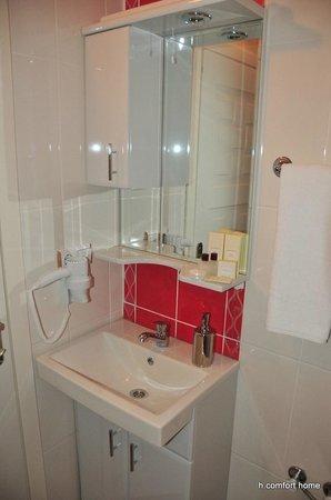 Taksim Comfort Home: standartd room bath