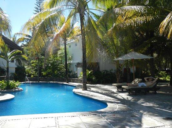 อิมิรัด บีช แอททิจูด: Pool Area