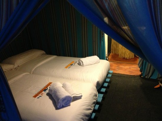 Bivouac Territori Nomada: The entrance to our lovely tent with all the amenities