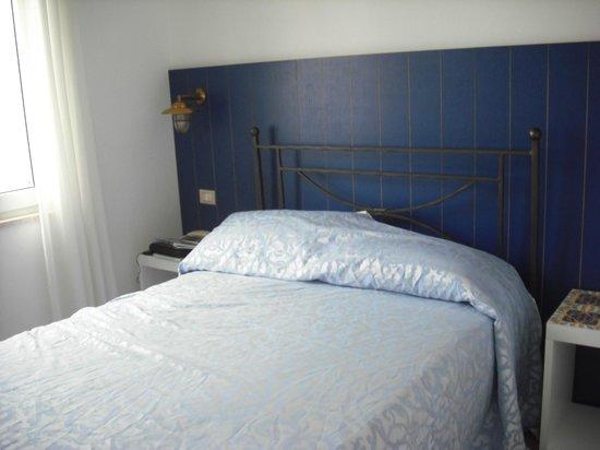 Torre dei Borboni Hotel: Tutto è sui toni del blu, mediterranean style.