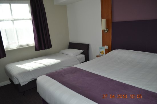 ‪‪Premier Inn Dumbarton/Loch Lomond Hotel‬: Double & Single Bed Set-up‬