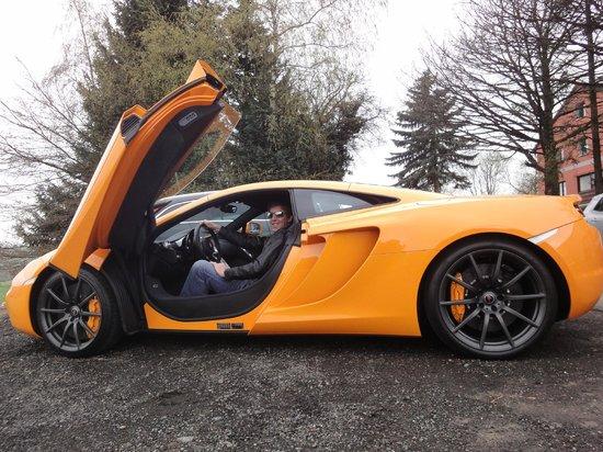 RSRNurburg : My husband in the McLaren