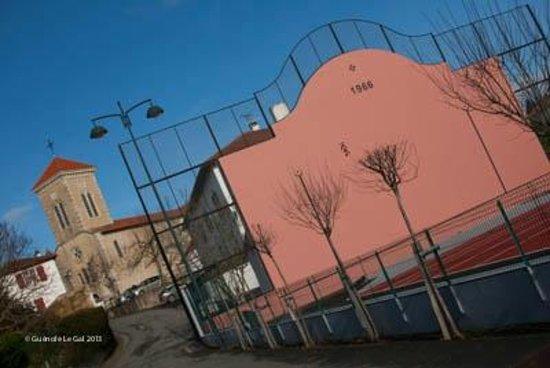 Maison Etchebehere : Bardos Pelot Court