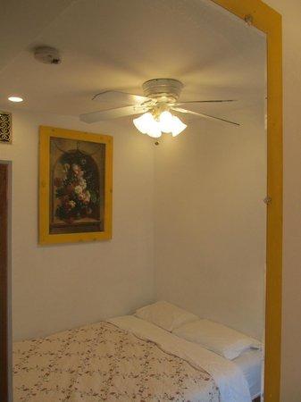 Herbivorian House: Lotus front bedroom