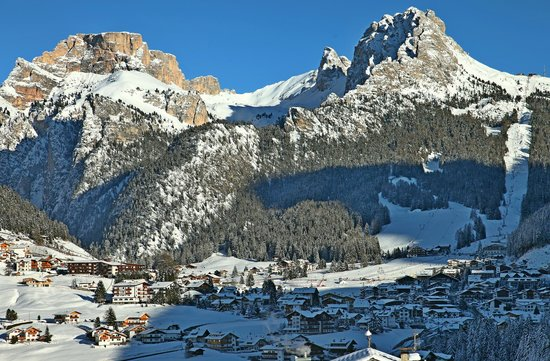 Granvara Relais & Spa Hotel: View toward Selva val Gardena from our room