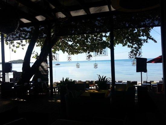 Tango Beach Resort: Beautiful view from breakfast area