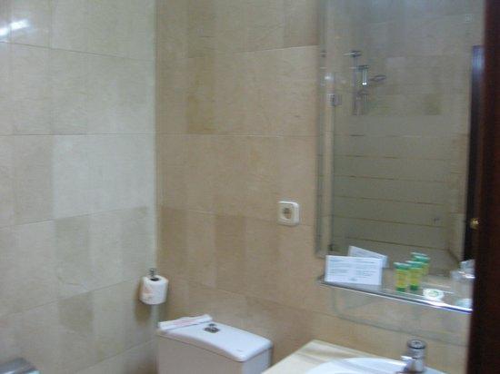 Hotel Derby Sevilla: Lavamanos