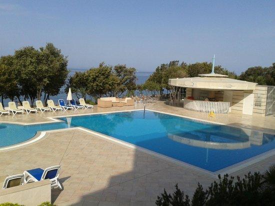 Luna Island Hotel: pool