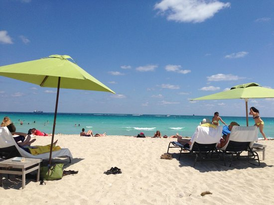 K17 Beach Club: Gorgeous horizon and waters of MIAMI BEACH @ K17