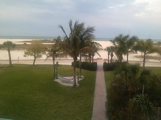 South Beach Condo/Hotel: This pic was taken from our balcony looking out towards the beach.