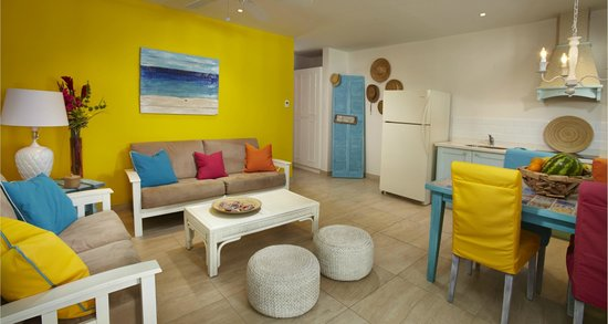 Boardwalk Hotel Aruba : One Bedroom Casita with two queen beds