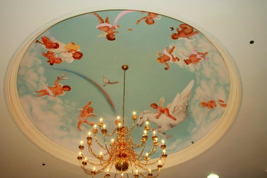 Cumberland Museum: Lobby artwork