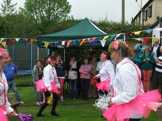 The Stoodleigh Inn: Aday raising money for ''childrens hospice south west''