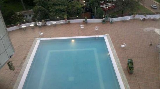 Imperial Royale Hotel: view of pool from my room