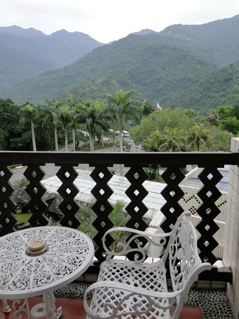 Private terrace picture of hotel royal chihpen taitung for 15 royal terrace reviews