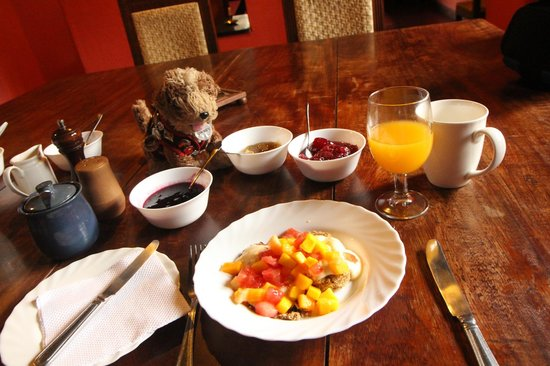 Ngare Sero Mountain Lodge: Owney and fresh, delicious breakfast at Ngare Sero