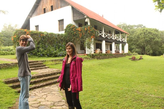 Ngare Sero Mountain Lodge: Katya and Tim on our tour