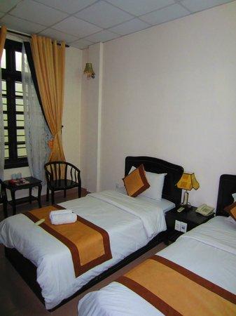 Tigon Premium Hotel: Twin room 2