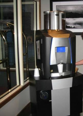 Summit Lodge Boutique Hotel: The Great Coffee Machine.
