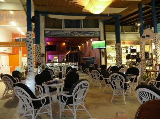 Pefkos, Yunani: relaxed atmosphere
