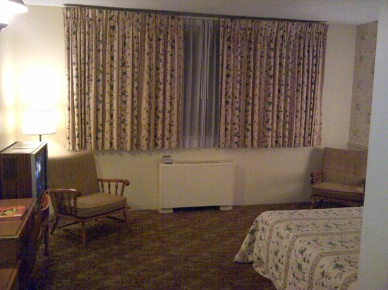 Lord Amherst Hotel: Room