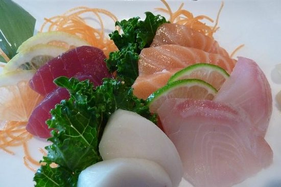 Koi Sushi Bar and Asian Cuisine: Sashimi Luncheon Special