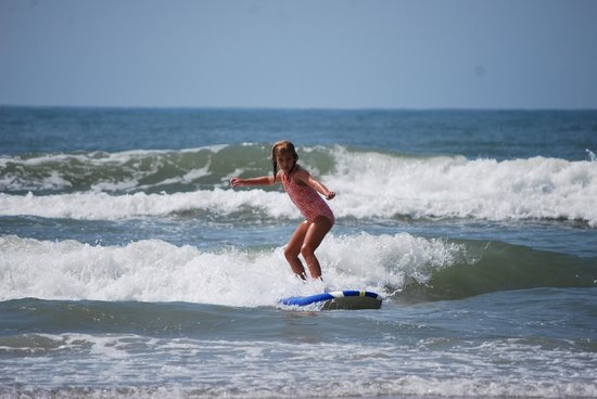 Carolina School of Surf: Ashley got up her second try!