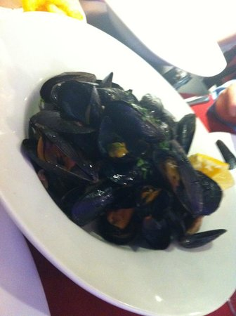 Portofino : Mussels as a starter yum yum