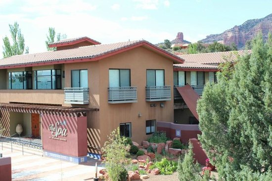 Sedona Rouge Hotel and Spa: View of the Spa from the room