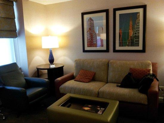 Shelburne NYC–an Affinia hotel: Livingroom