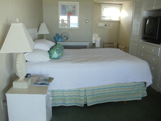 Anchorage Inn: Standard room, queen bed