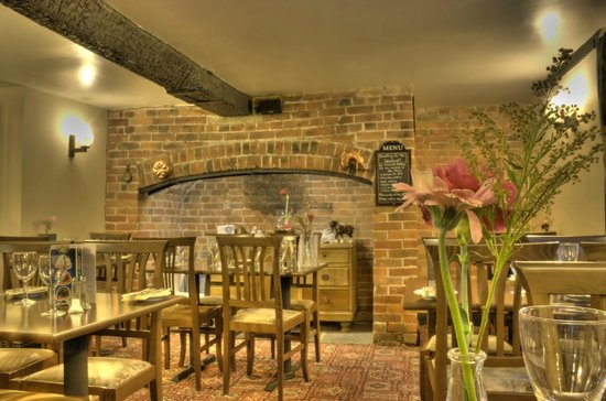The Green Dragon: Pub restaurant