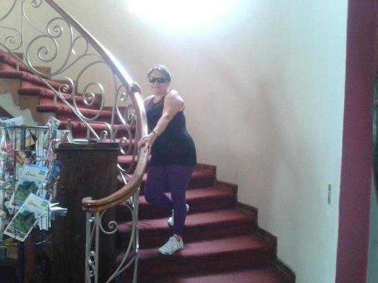 Hotel Sipan: Escaleras