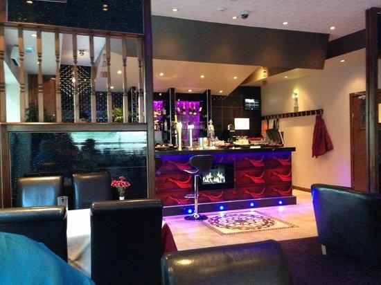 Le Raj spice: Love the bar